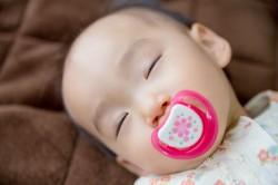 子供用布団の選び方の子供や赤ちゃんが眠るイメージ